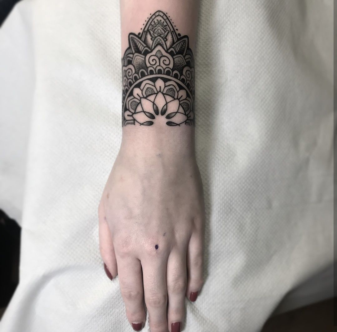 Top 10 Henna Wrist Cuff Designs To Try: Love This Layered Black Wrist Cuff Bracelet Style Tattoo