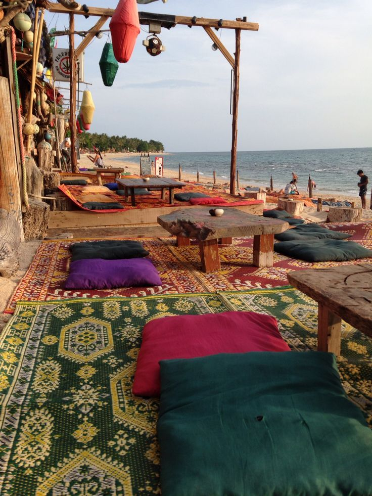 Freedom bar @ koh lanta island Thailand