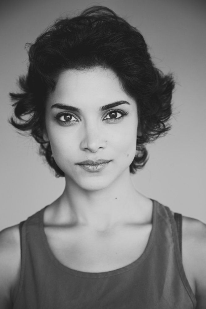 amber rose revah actress from paris with love amber. Black Bedroom Furniture Sets. Home Design Ideas
