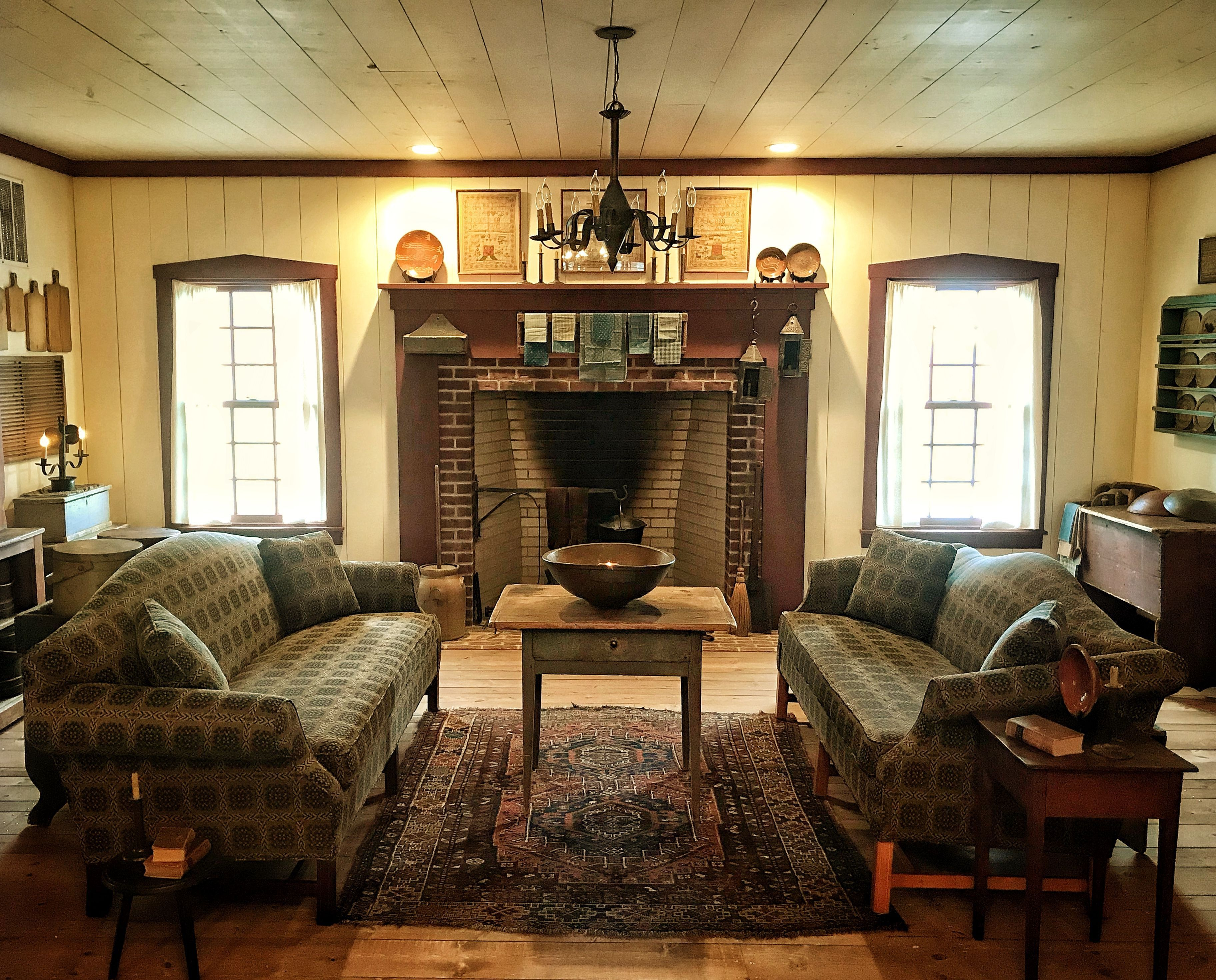Primitive Living Room Furniture Awesome Keeping Room Peace Manor Dÿœ Living Room Decor Country Country Living Room Primitive Living Room #primitive #pictures #for #living #room