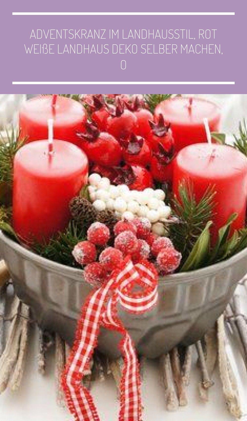 Adventskranz im Landhausstil, rot weiße Landhaus Deko selber machen, originell und schick. #rustikale weihnachten tischdeko Adventskranz im Landhausstil, rot weiße Landhaus Deko selber machen, o #rustikaleweihnachtentischdeko