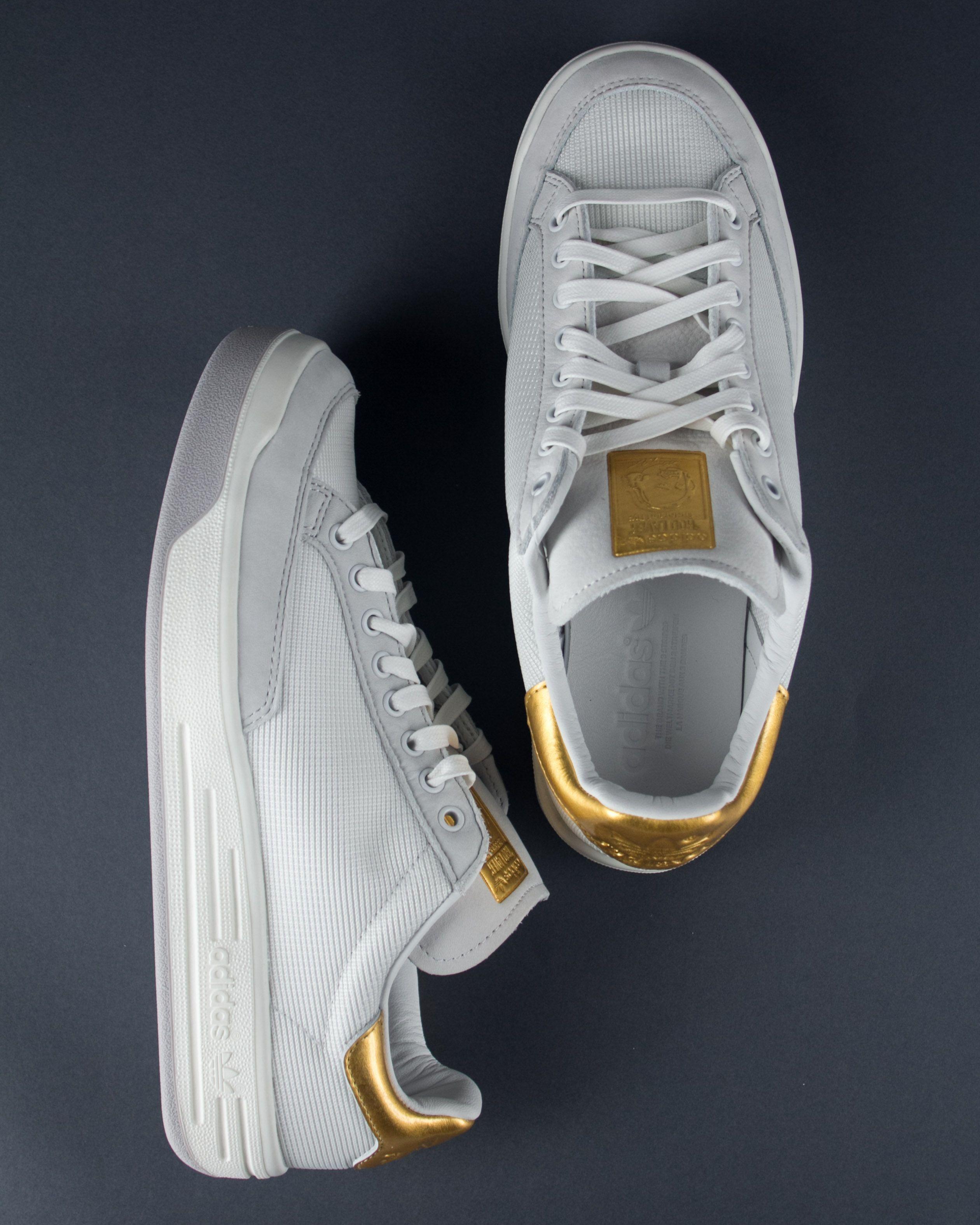 Adidas Rod Laver en hoja de oro Edición hombres lookbook Pinterest