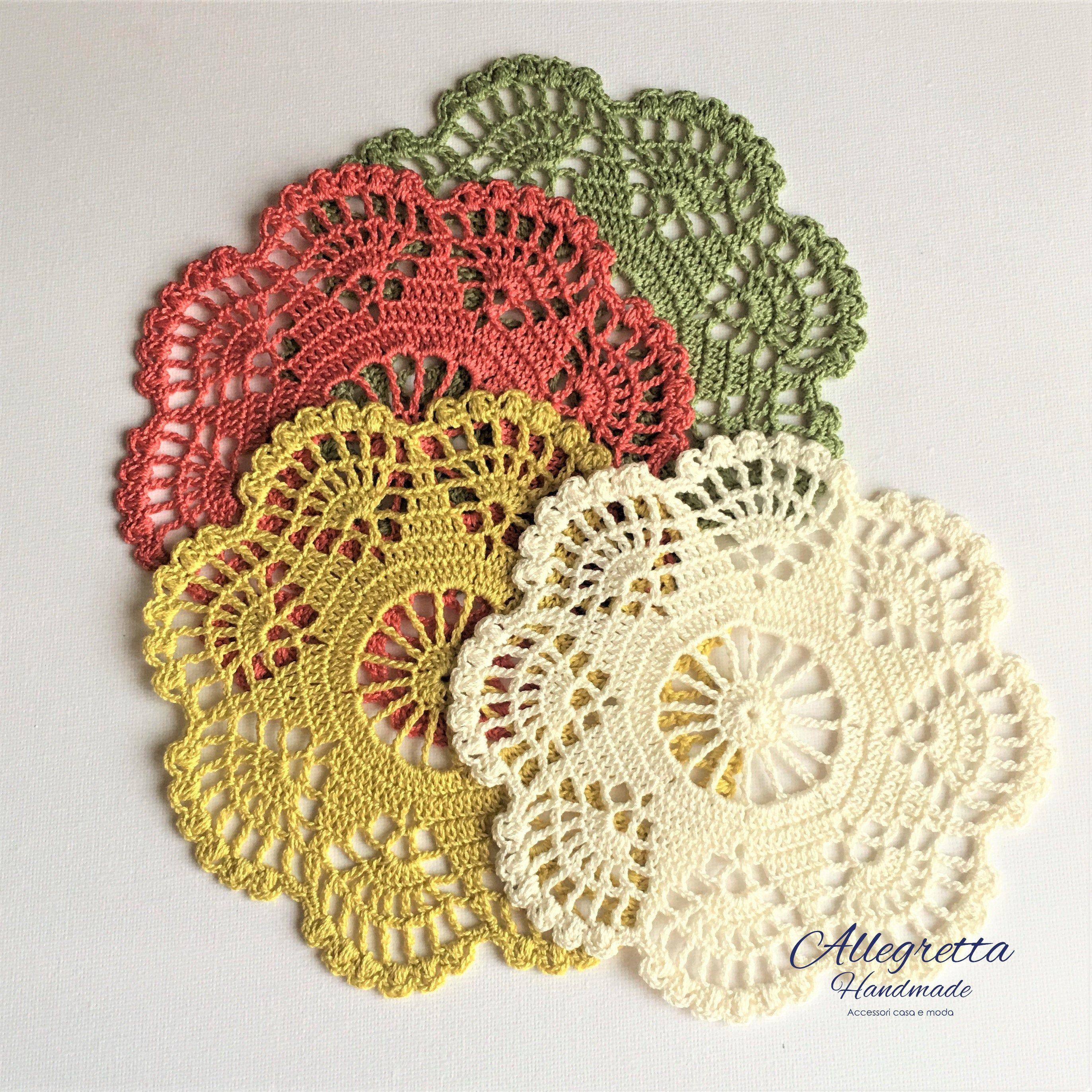 Uncinetto Shabby.Piccolo Centrino Uncinetto Smerlato In Cotone Fatti A Mano Etsy Doilies For Sale Crochet Home Decor Crochet Home