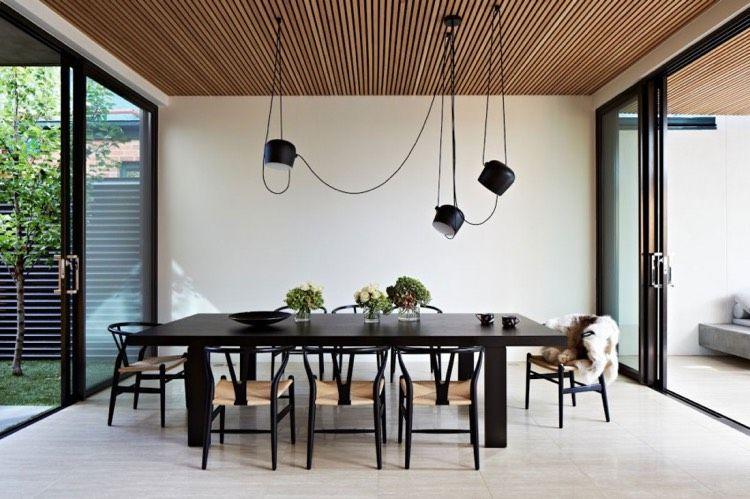 Groß Interieur Mit Holz Lamellen Haus Design Bilder Galerie ...