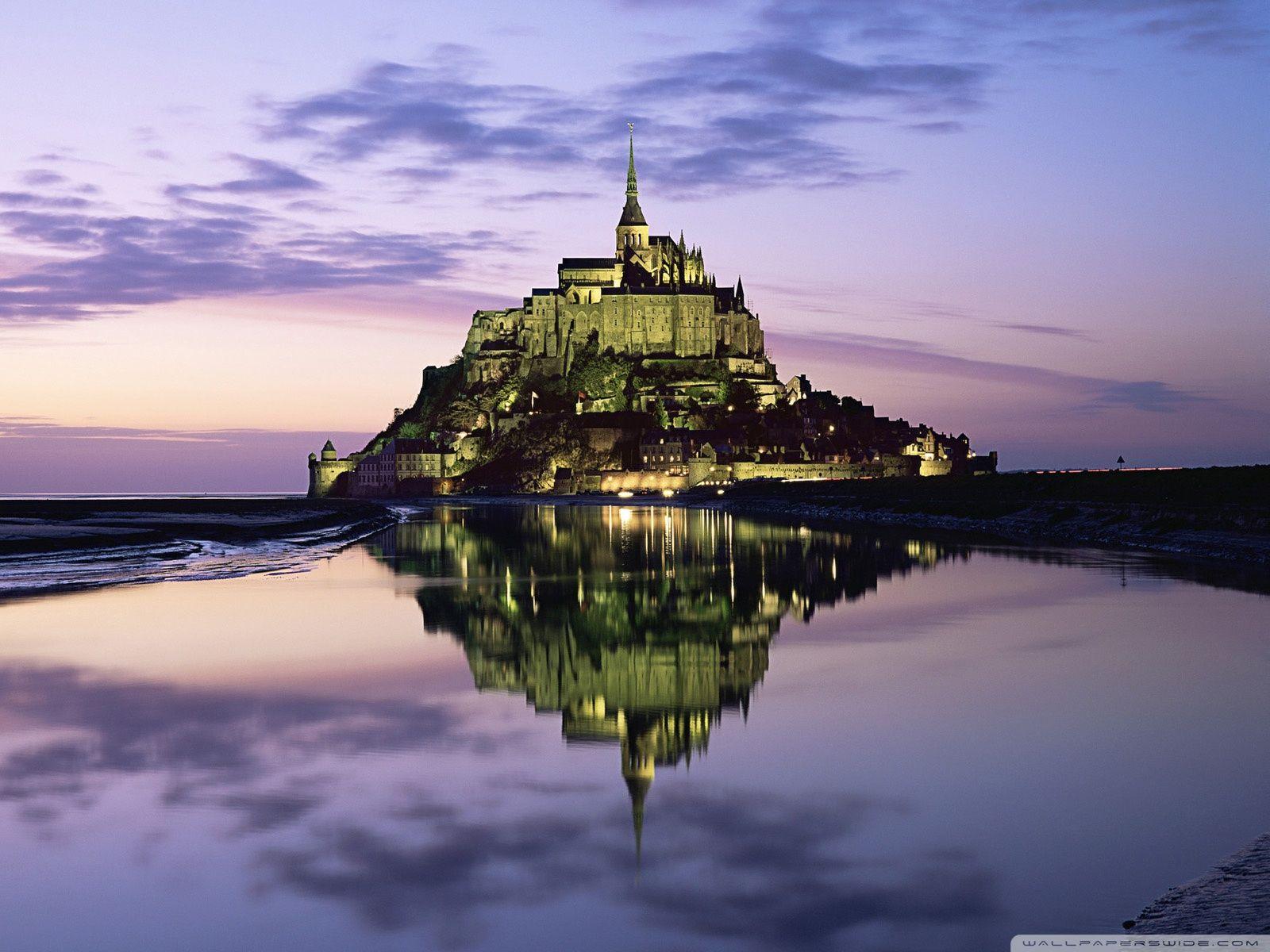 Mont Saint Michel France Castles France Beautiful Castles Mont Saint Michel France