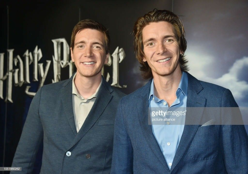 Pin By Micaela Gilardi On Phelps Twins Phelps Twins Oliver Phelps Fred And George Weasley