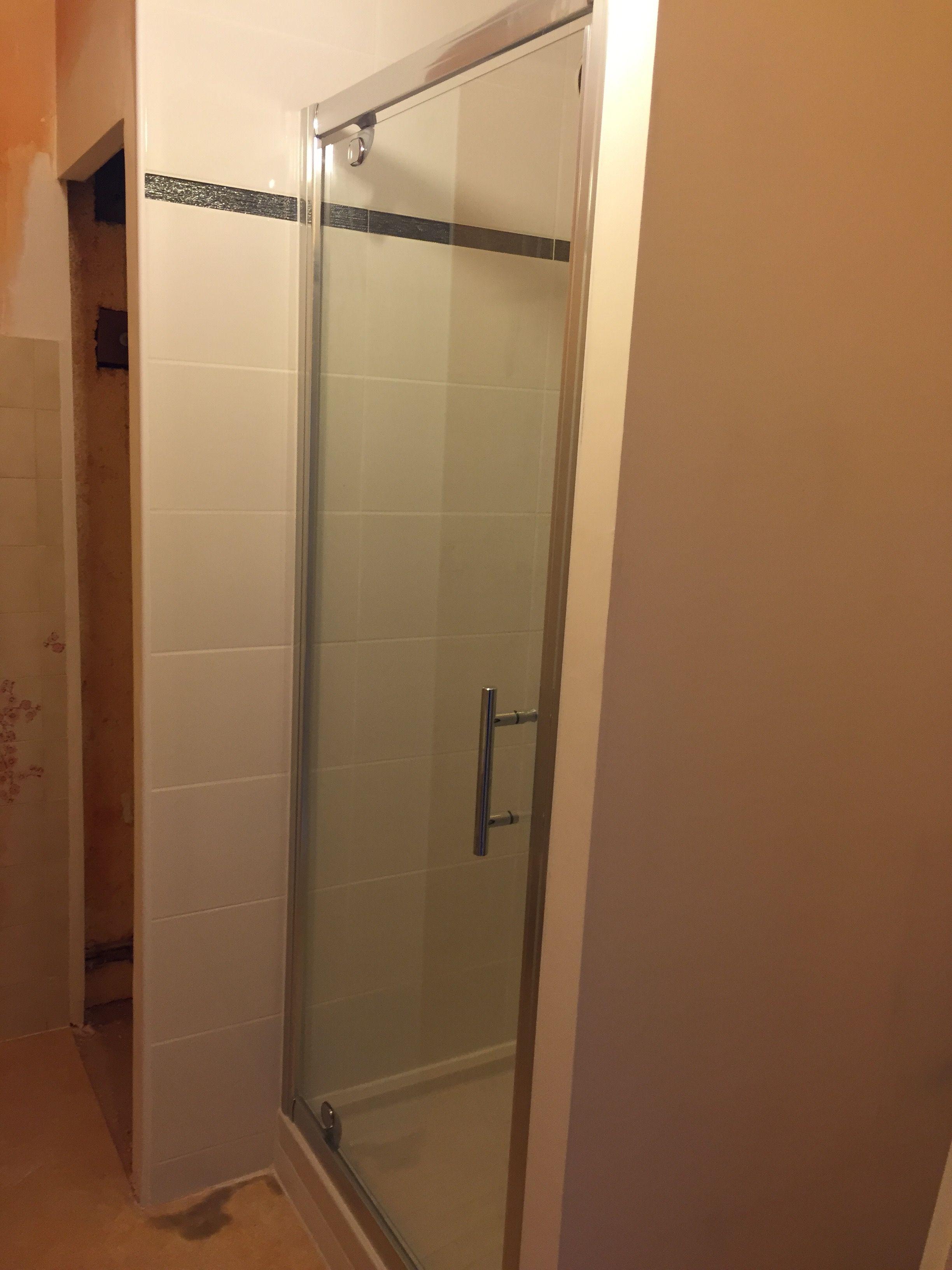 Cr ation d 39 une douche en remplacement d 39 une baignoire - Remplacement d une baignoire par une douche ...
