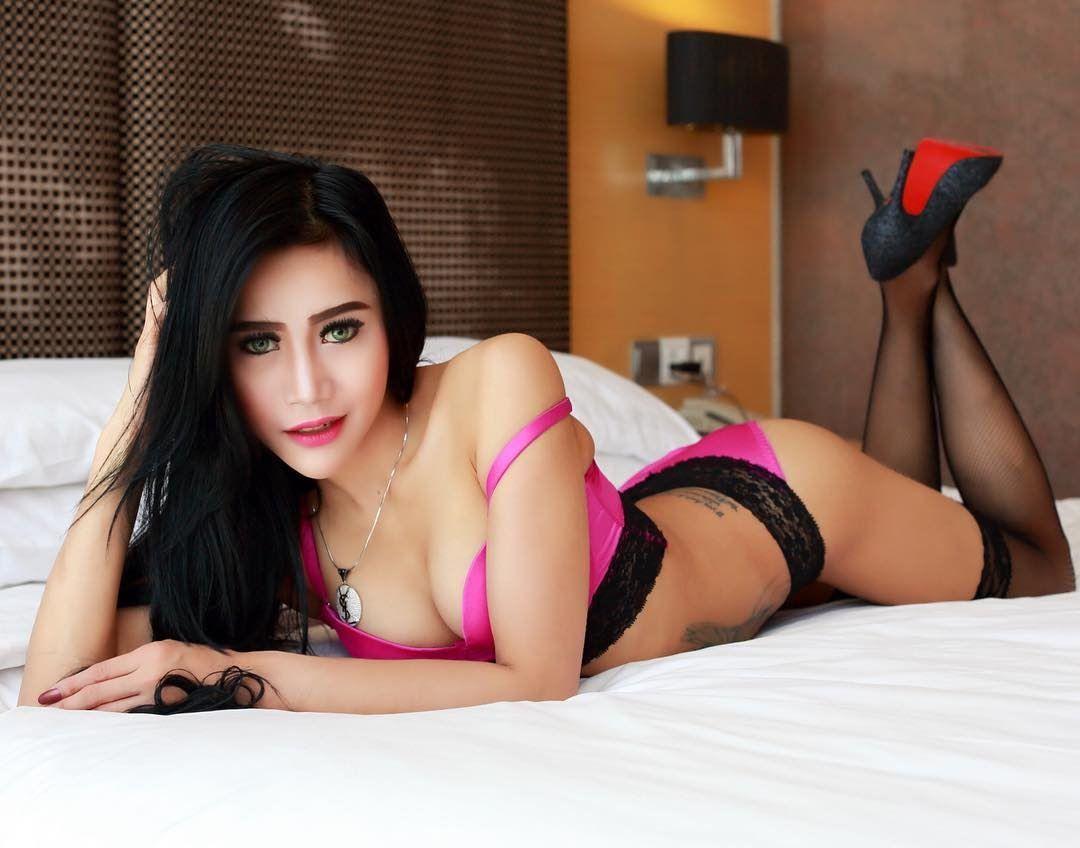 Dewi sexy