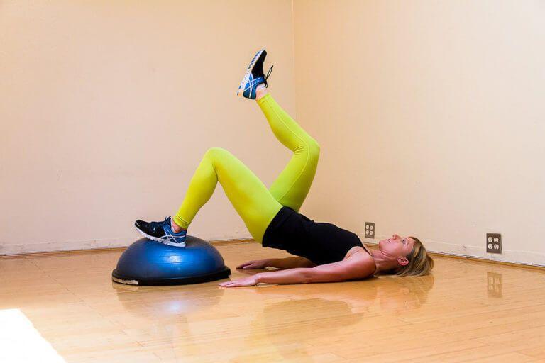 8 Любимых упражнений для упругих ягодиц и сильных ног рекомендации