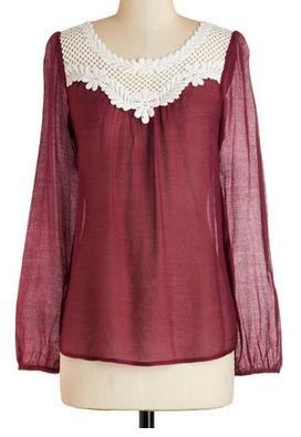 Pretty crochet top http://rstyle.me/n/qrxz6nyg6