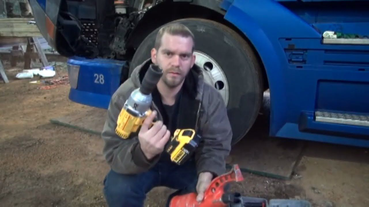 Changing semi truck tire with dewalt dcf899 and torque