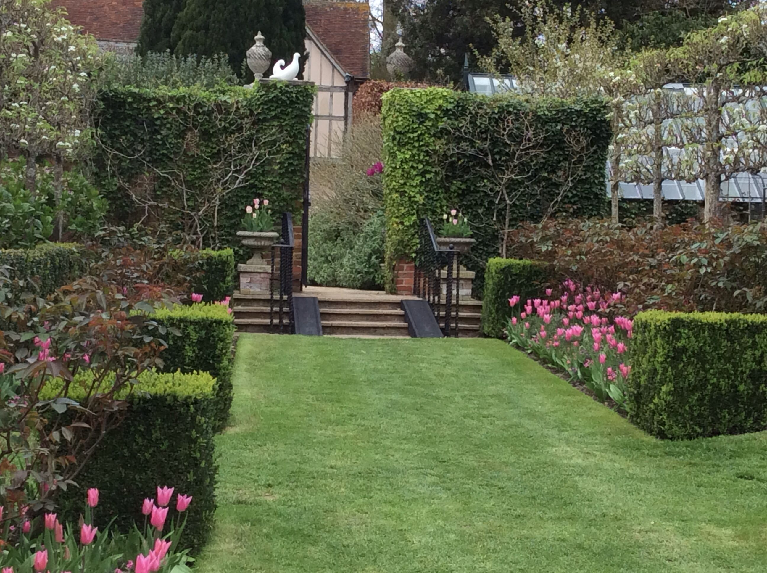center grass path through walled garden at pashley manor on walled id=80498