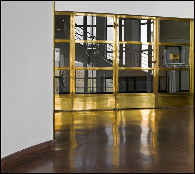 Erich mendelsohn ig metall 1929 1930 8 halle for Halle innenarchitektur