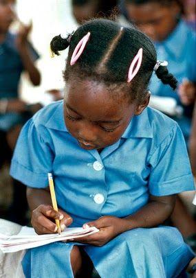 A Jurubeba Cultural: Ler. Devia ser proibido. É perigoso.                               Ler.Devia ser proib...