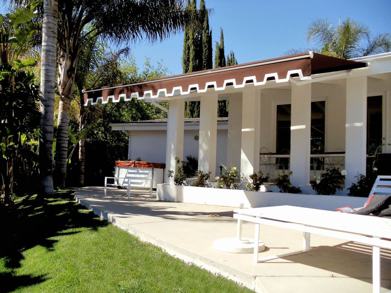 Retractable Awnings By Superior Awning Let The Sun Shine Patio Retractable Awning Awning Shade