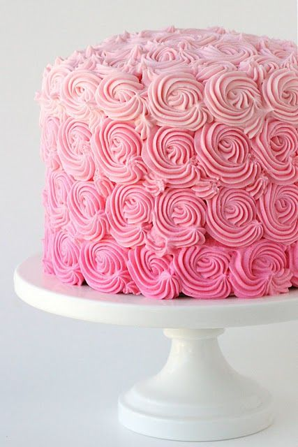 Cute Decoration Idea For A Cake Looks Super Fancy But Yet Easy To Do Swirl Cake Easy Cake Decorating Pink Cake