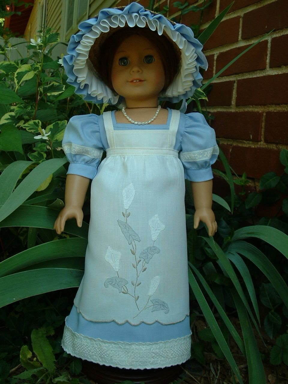 Regency Dress, Bonnet, Vintage Linen Apron  American Girl dolls OOAK