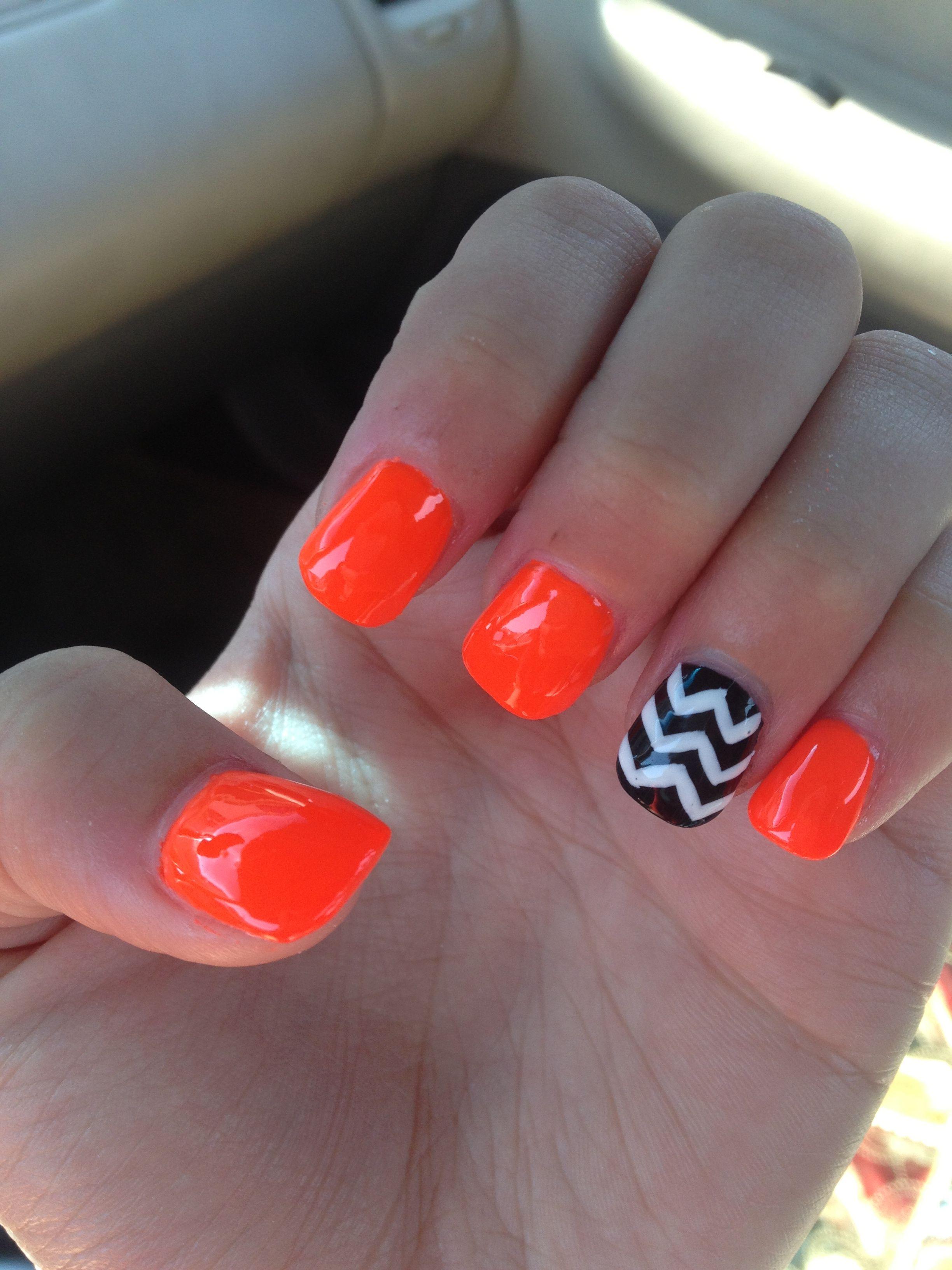 Chevron nails orange nails nail design | Nails | Pinterest | Orange ...