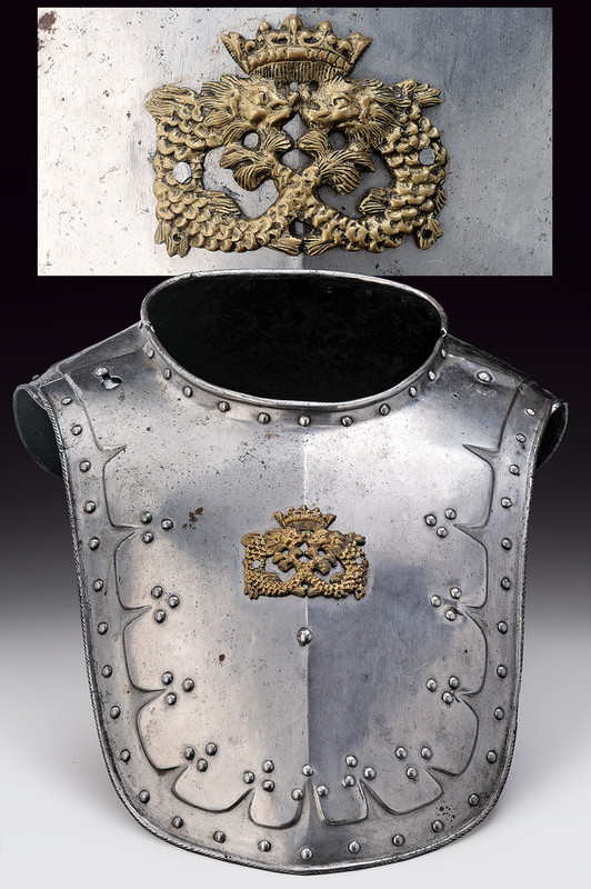 A big collar.    provenance:	 	England dating:	 	17th Century.