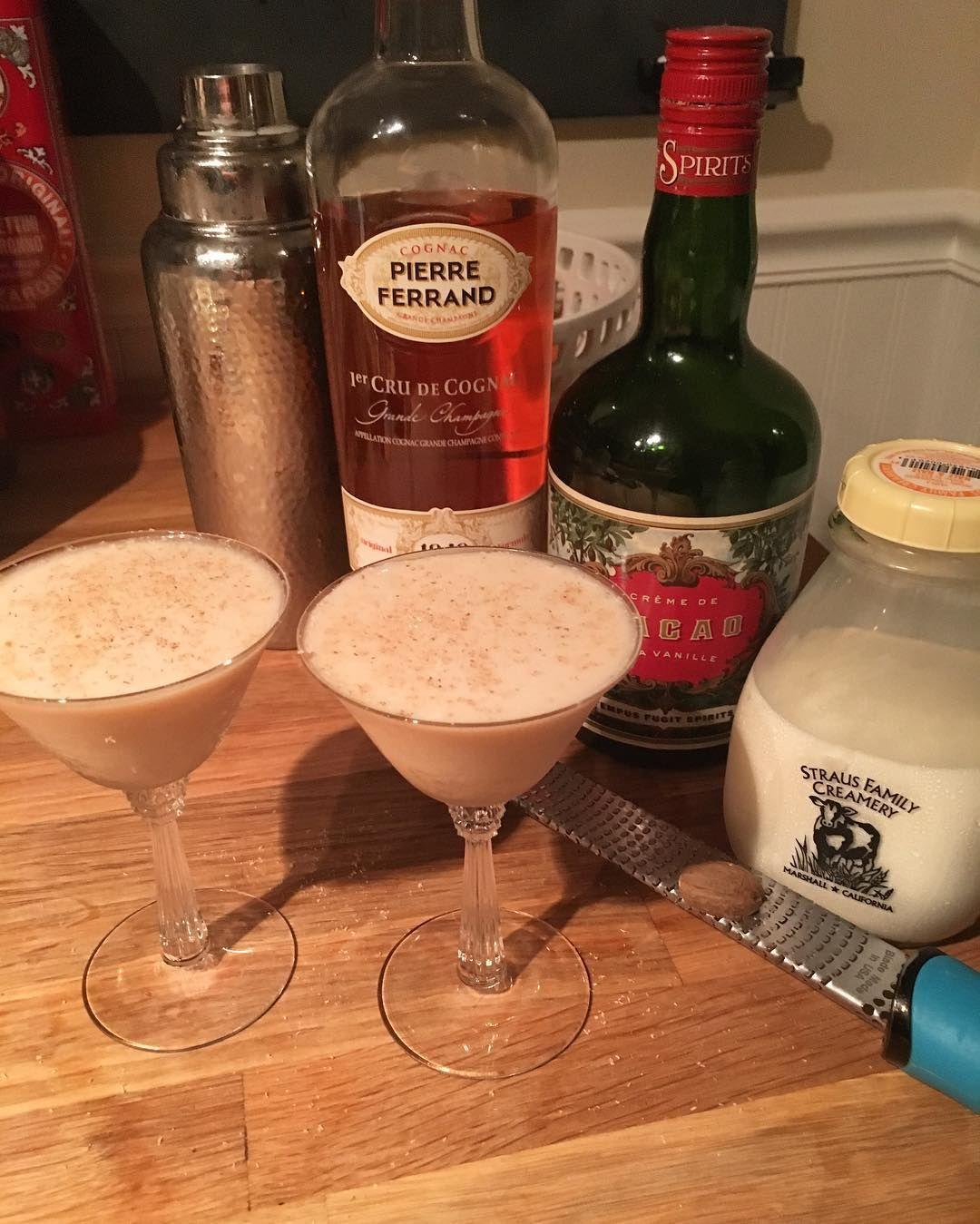 19 Brandy Alexander 1oz Brandy 1oz Creme De Cacao 1oz Cream Shake