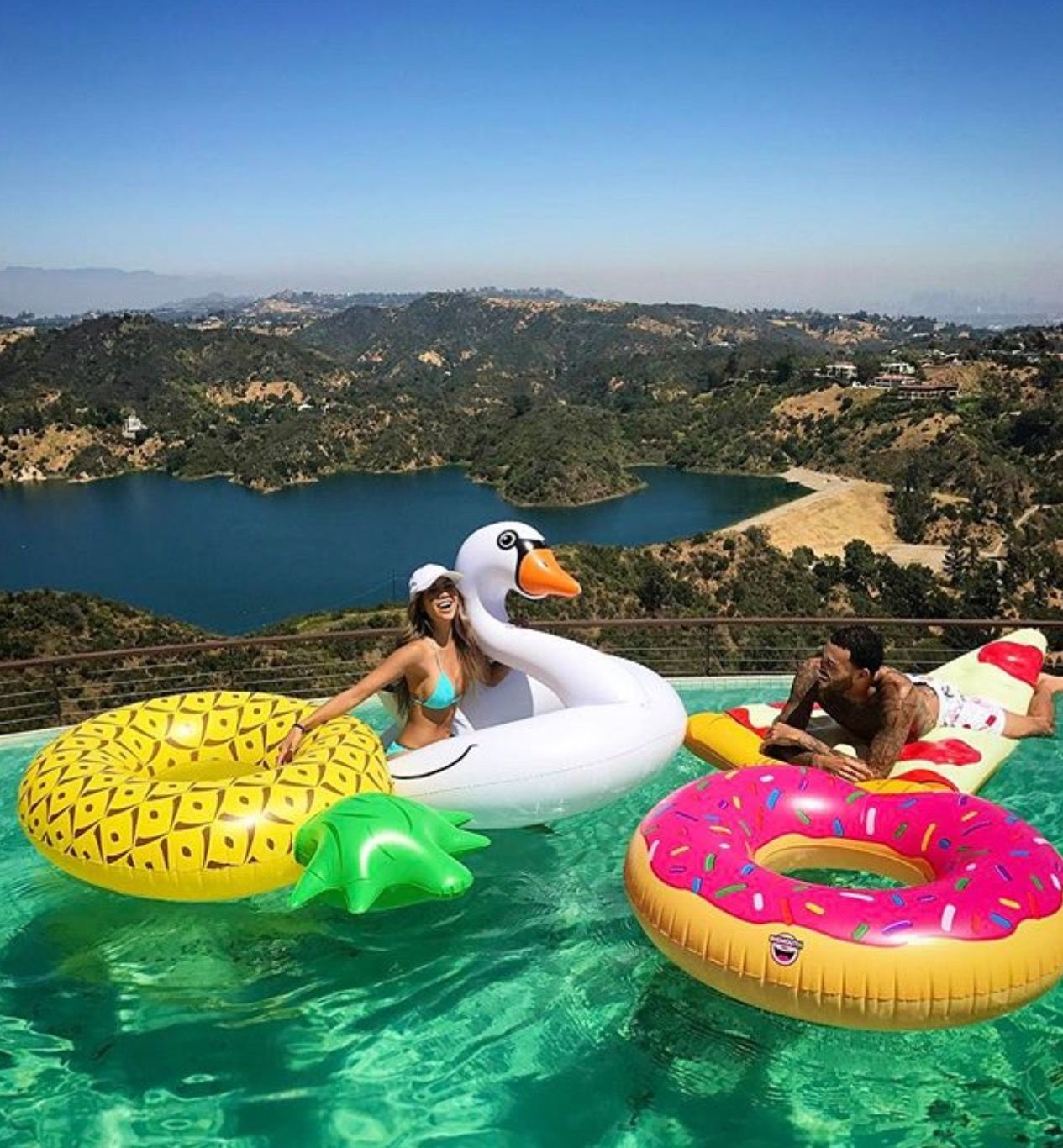 Flotadores Para Piscinas Pin De 𝓜𝓪𝓻í𝓪 𝓕 En Best Friend Pinterest Verano