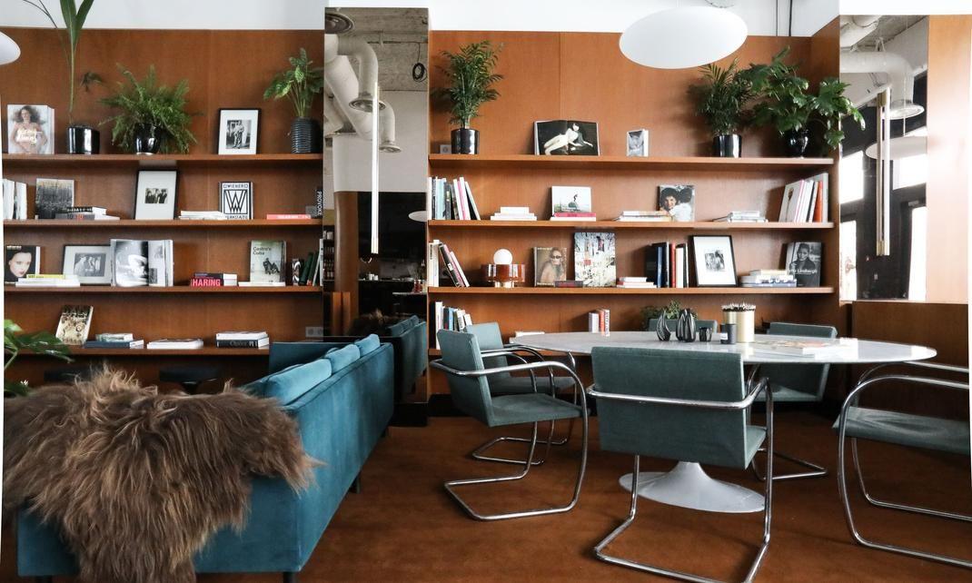 the bureau travailler autrement restaurer bibliotheque