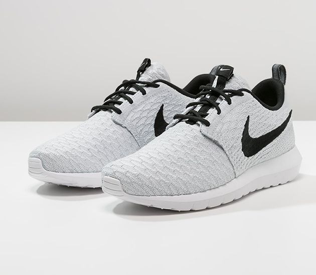 nike roshe run one flyknit wolf grey platinum white teeth
