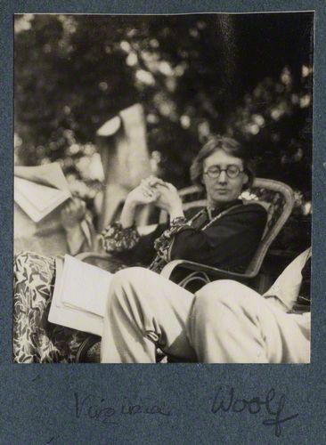 virginia woolf collected essays pdf