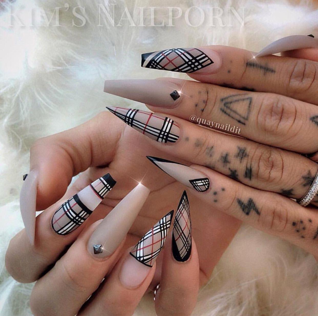 Nailart Nails Art Nailenthusiast Nailinspiration Nailgoals Coffinnails Longnails Stillettonails Burberry Plai Burberry Nails Gucci Nails Plaid Nails