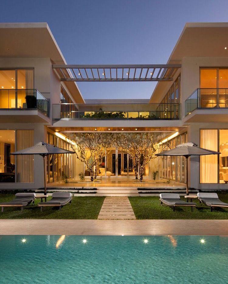 Get Inspired Visit Www Myhouseidea Com Myhouseidea Interiordesign Casas Casas Modernas Y Fachadas De Casas Modernas