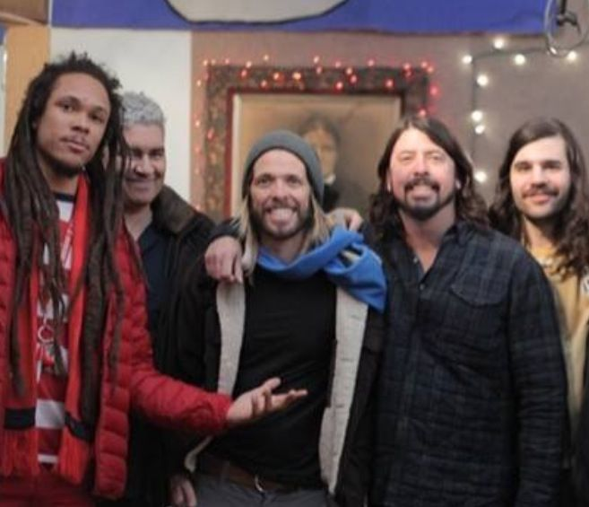 Brand new photo taken February 11, 2014. Dave Grohl and Taylor Hawkins with Washington DC band RDGLDGRN.