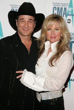 Pin by virginie london on lisa hartman black pinterest for Is clint black and lisa hartman still married