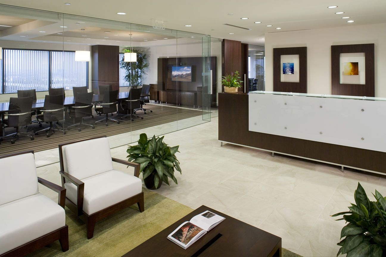 Business office design ideas cb richard ellis cpp for Real estate office interior design