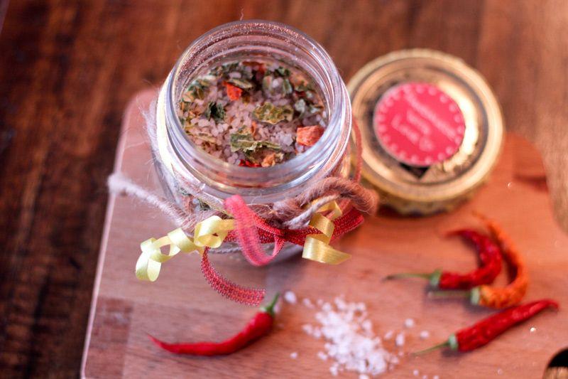 Chili Salz selber machen - Geschenk aus der Küche | DIY