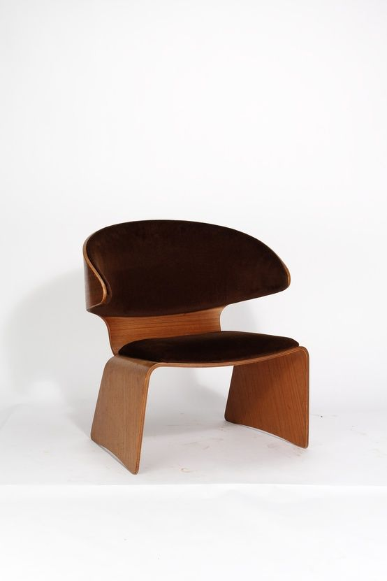 Hans Olsen; Bent Plywood and Leather 'Bikini'  Lounge Chair for Frem Rojle, 1961.