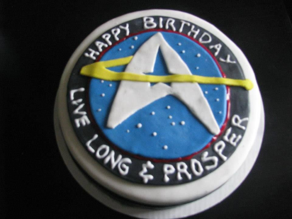 Star Trek Cake For My Trekkie Son Bday Ideas Star