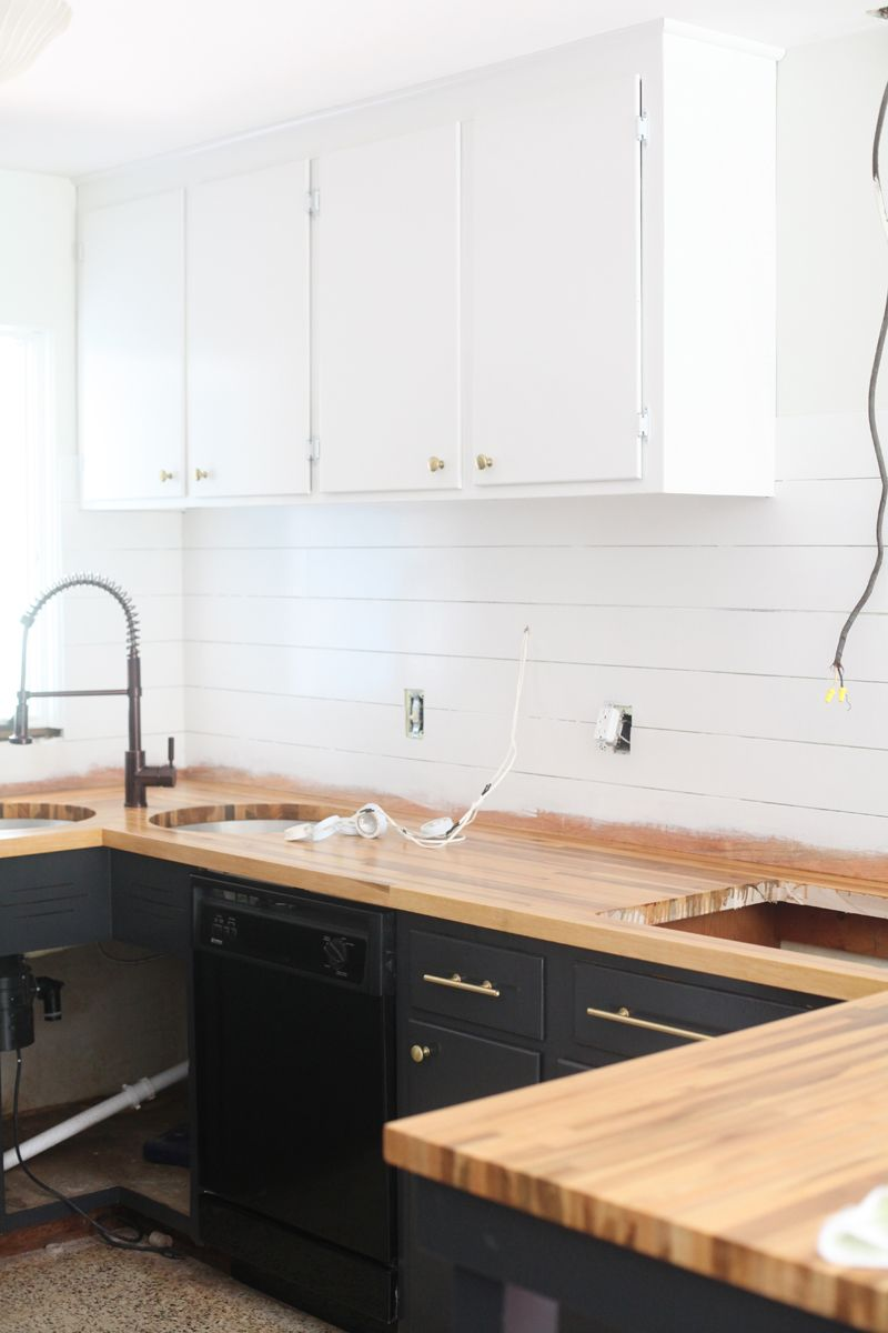 Refinishing Kitchen Cabinets A Beautiful Mess  Kitchens Black Cool Spray Painting Kitchen Cabinets Design Ideas
