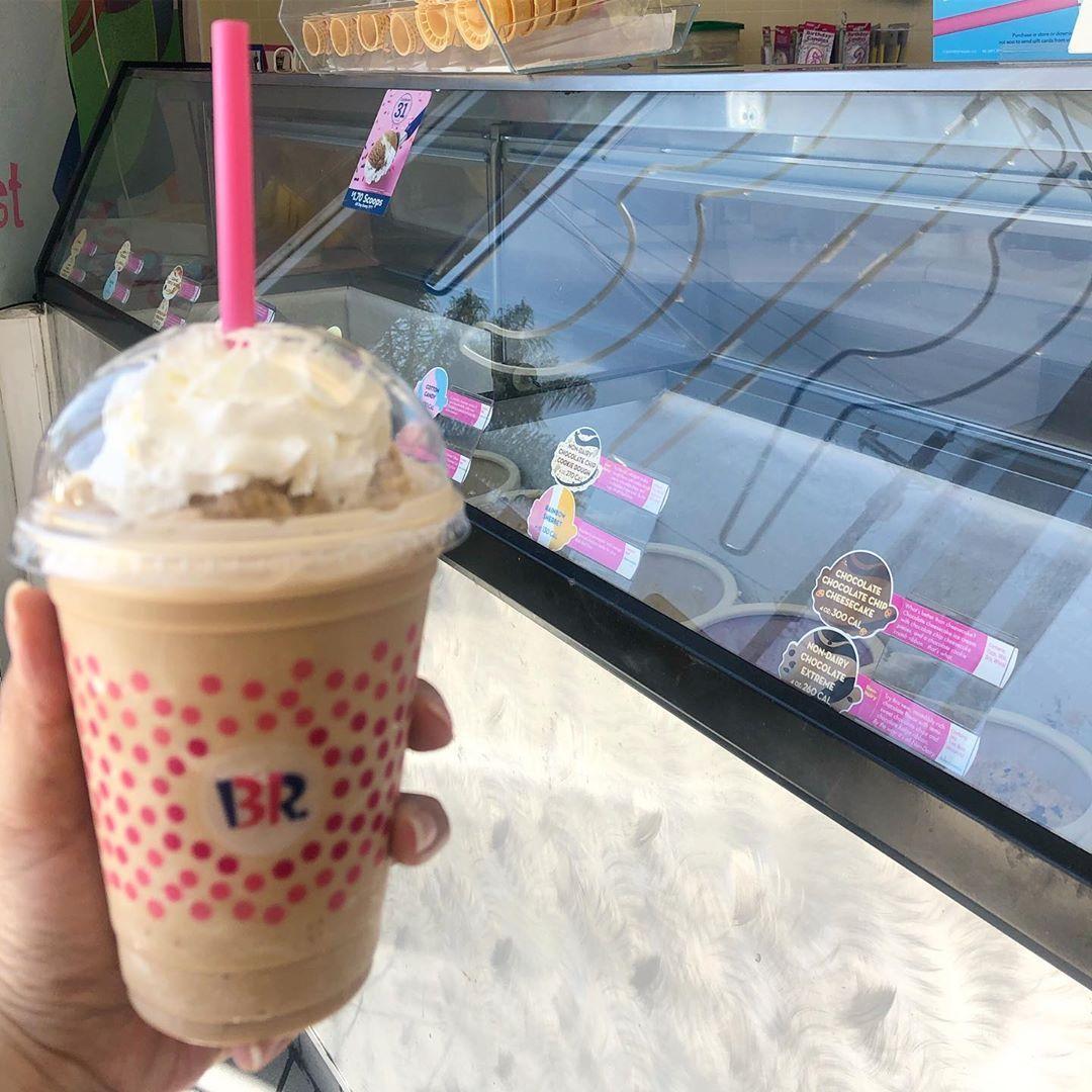 I like to drink my ice cream! 🍨nationalcoffeeicecreamday