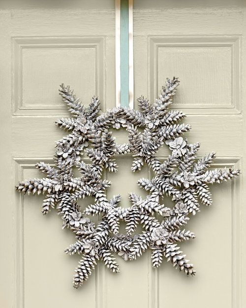 Snowy Pinecone Wreath -   23 pinecone crafts white