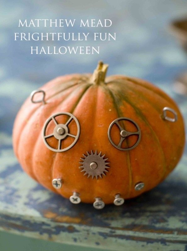 Easy Halloween Pumpkin Crafts and Spooky and Spectacular Party Ideas - create halloween decorations