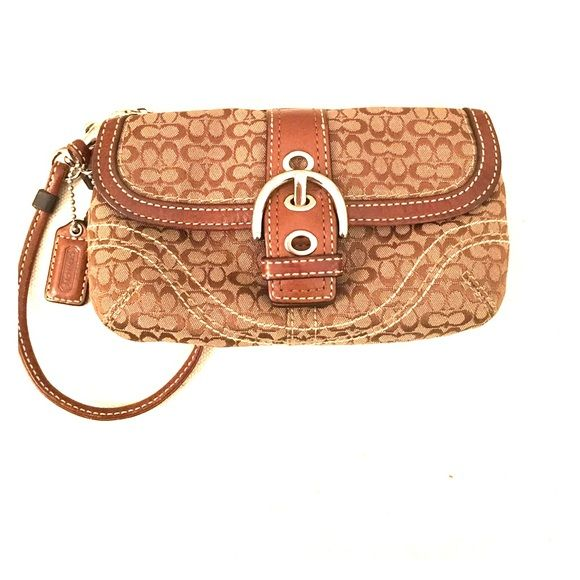"Coach wristlet Like new! Never used coach wristlet. Measures 7"" by 4"". Has front pocket closure and top zipper closure. Classic coach fabric. Coach Bags Clutches & Wristlets"