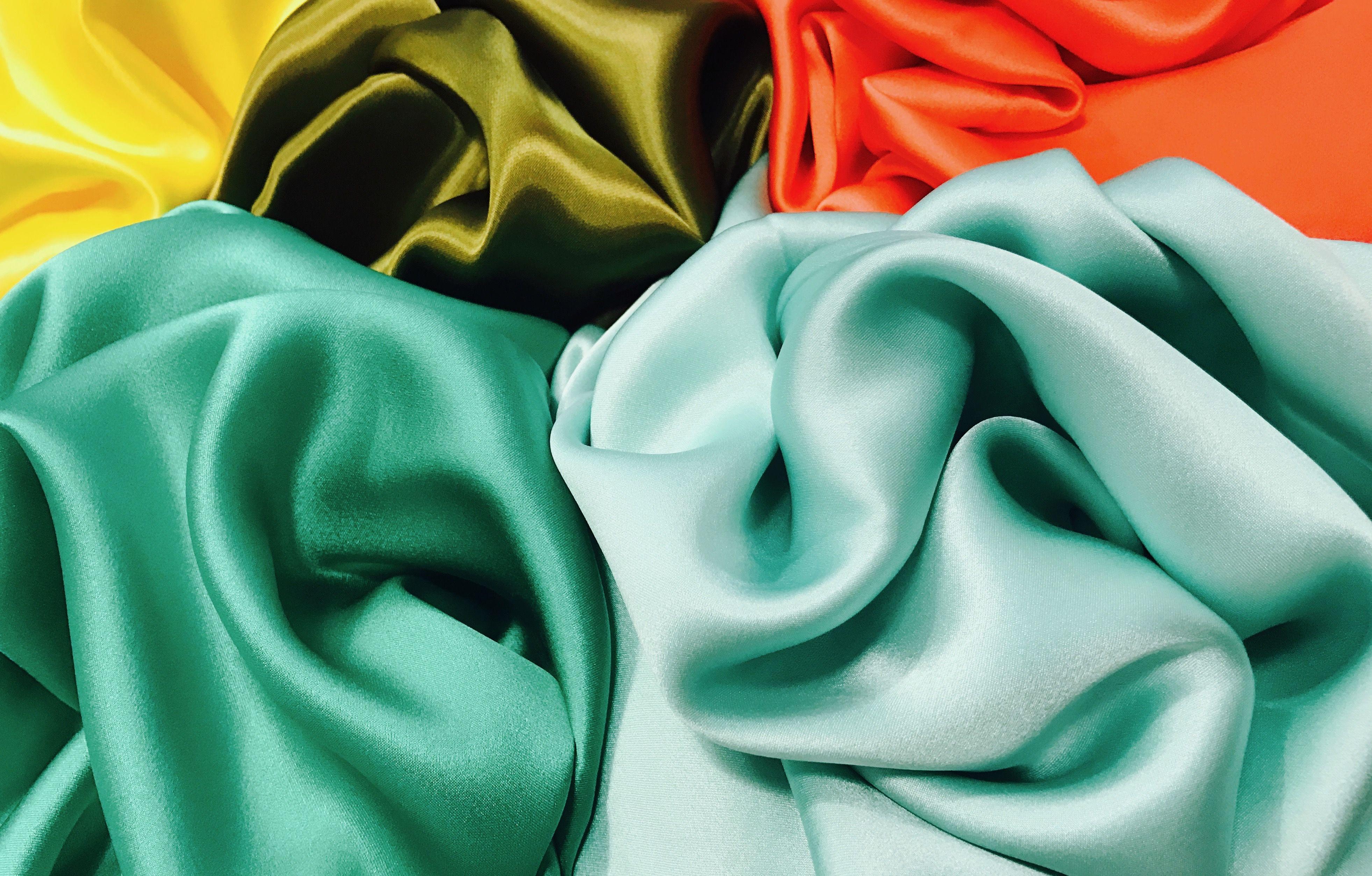 satins de soie #soie #silk #tissu #fabric #mode #fashion #paris #sacrescoupons #diy #handmade