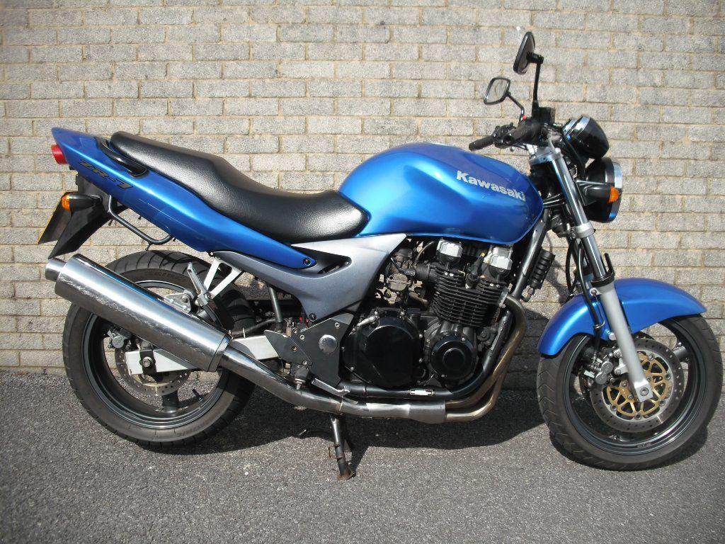 Kawasaki Zr 7 750 750cc 1 Owner From New Motorbikes Kawasaki Bike