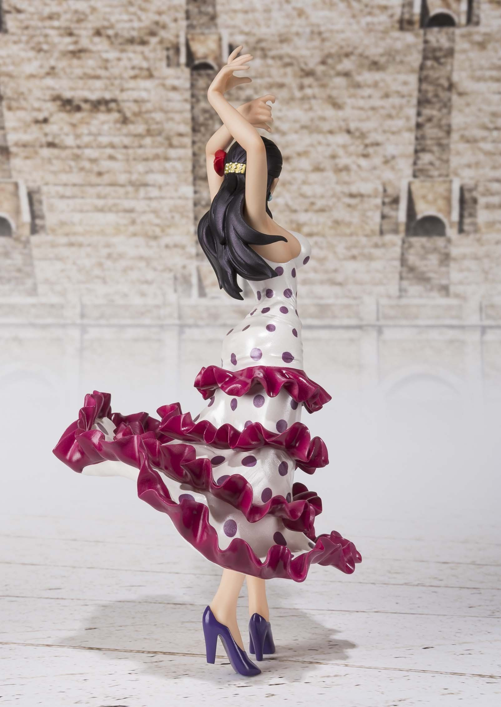 Bandai Tamashii Nations FiguartsZERO Violet One Piece