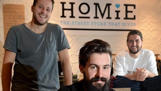 Pop Up Store Offers Free Designer Clothes And Haircuts For Homeless Free Haircut Helping The Homeless Pop Up Store