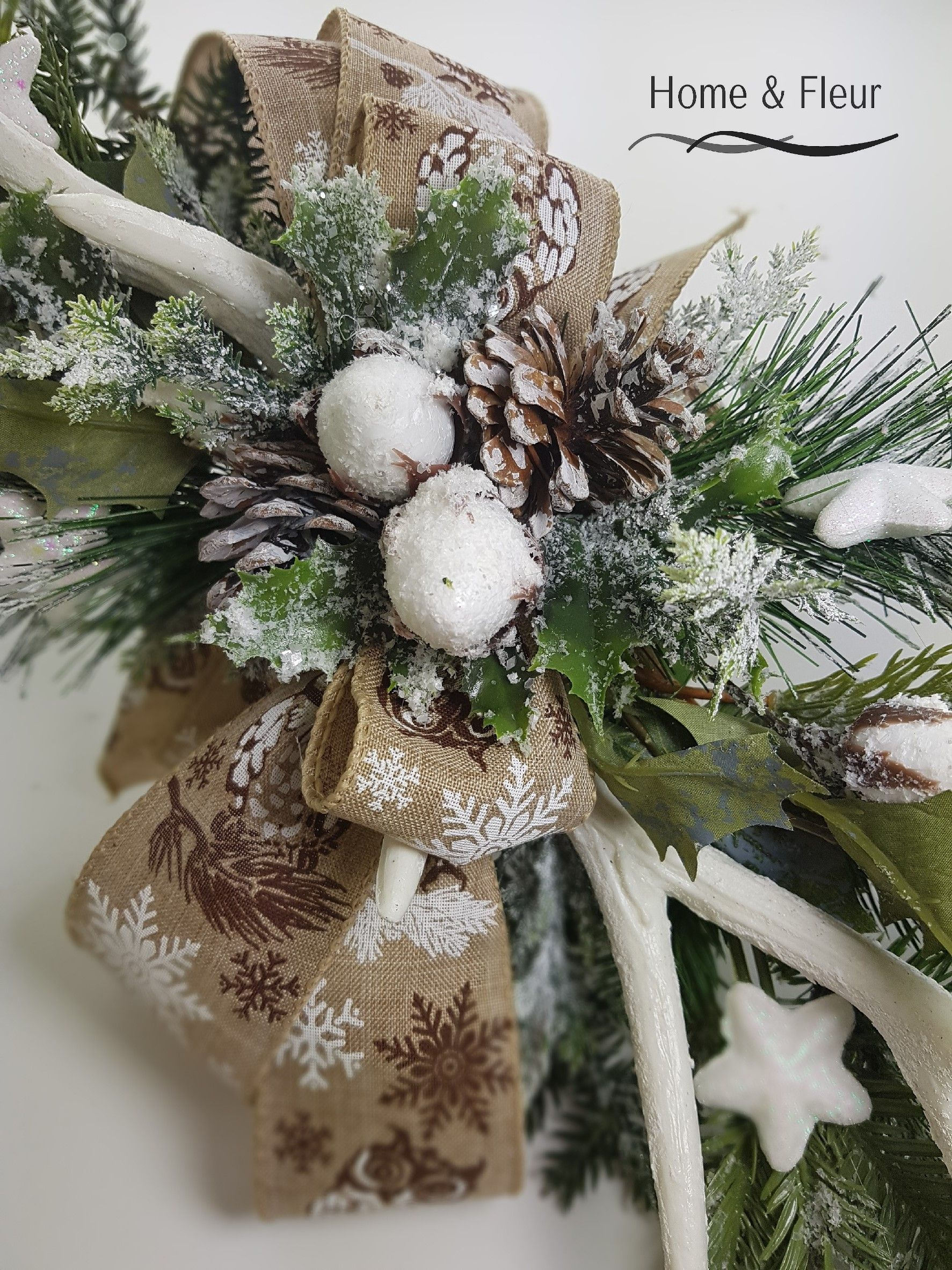 Boze Narodzenie Stroik Girlanda Na Komode Christmas Wreaths Holiday Decor Home Decor