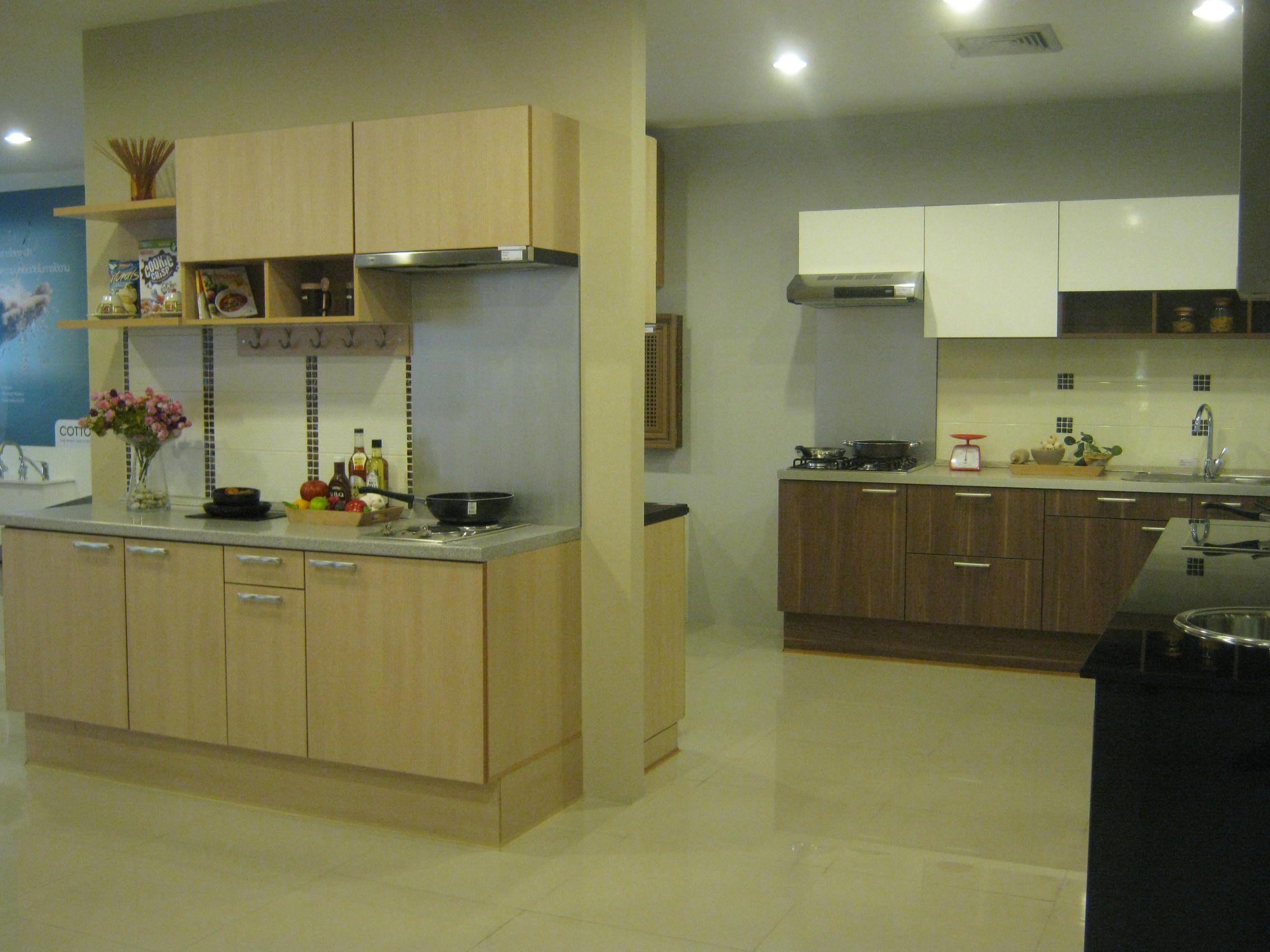 A Kitchen Showroom In Bangkok Thailand Kitchen Showroom Kitchen Kitchen Cabinets