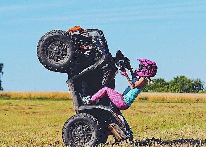 Don T Catch Feelies Pop Wheelies Dirt Bike Racing Atv Quads