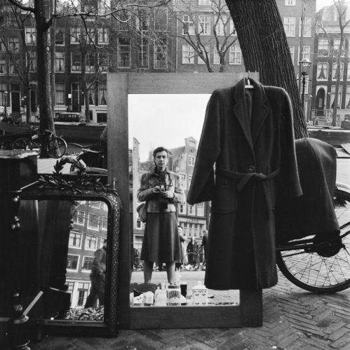 Auto-retrato, Amesterdão, 1952