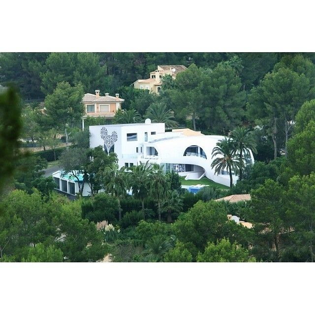 Living in the middle of trees, yes or no? ***** Credit to: Casa Son Vida 1 Luxury Property in Mallorca Spain